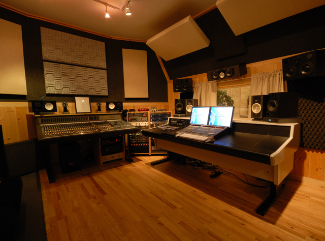 Starr_Ridge_Studio_Control_Room